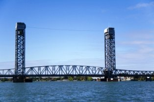 California Delta Golf - Rio Vista Bridge