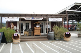 Family Wineries of Dry Creek Valley