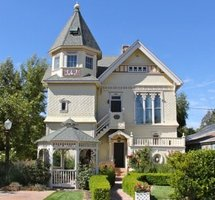 Victorian Mansion - Los Alamos, California