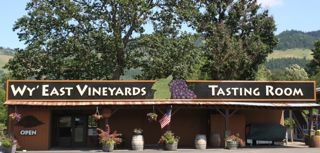 Wy' East Vineyards